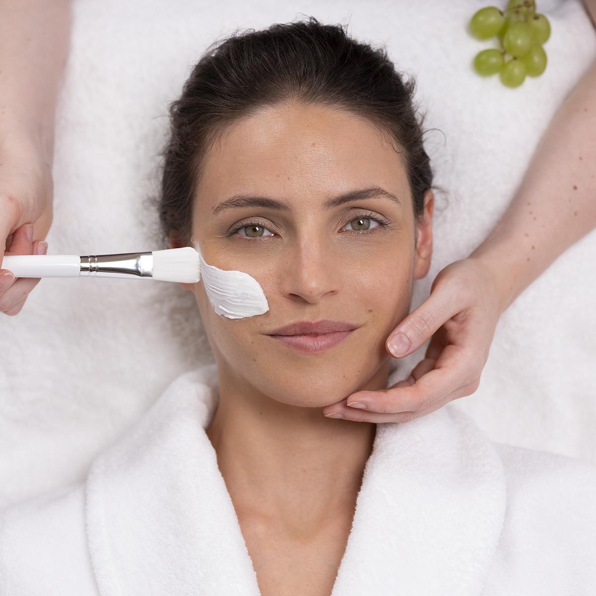 Buono regalo trattamento viso premium 50 minuti